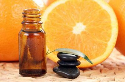 Антицеллюлитные масла с древних времен известны своим лечебным действием