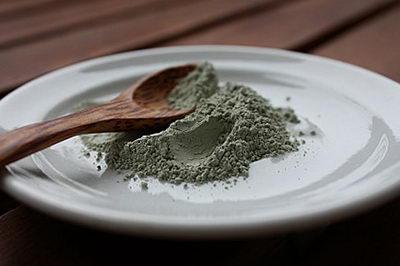 Голубая глина для обертывания от целлюлита дома