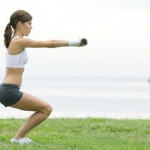 Приседания от целлюлита – полезные упражнения