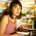 Почему ночью хочется кушать? Синдром ночного приема пищи